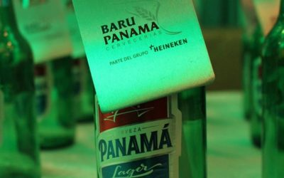 En una botella de Cerveza Panamá se presenta carta de sostenibilidad 2016